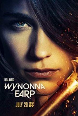 Wynonna Earp  - MV5BMTc1ODI5OTIyOV5BMl5BanBnXkFtZTgwNDUzNDk2NTM  - Titulky – SERIÁLY – Underemployed